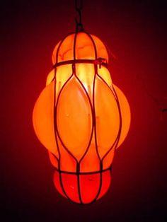 Resultados de la Búsqueda de imágenes de Google de http://img.alibaba.com/photo/103993248/Egyptian_Hand_Blown_Red_Glass_Wrought_Iron_Hanging_Lamp.jpg