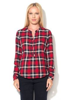 Camasa rosie in carouri mari dama Levis Plaid Shirt Women, Levis, My Style, Casual, Shirts, Clothes, Tops, Fashion, Outfits
