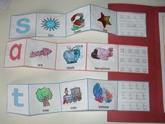 Jolly Phonics Lapbook with a Montessori twist!
