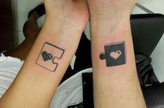 Los mejores tatuajes para parejas. ¿Quieres dejar marcado en tu piel que vuestro amor es para siempre? Una buena manera de hacerlo es mediante tatuajes conjuntos en los que los dos miembros de la pareja tengáis o bien el mismo diseño o...