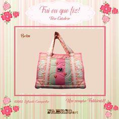 Bolsa feita pela artesã Tere Cardoso da Sua Loja em Casa com tecidos da coleção Campestre.