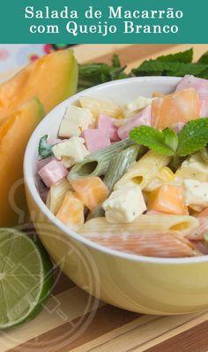 Salada de Macarrão ou Macarronese com Queijo Branco, Presunto e Melão.