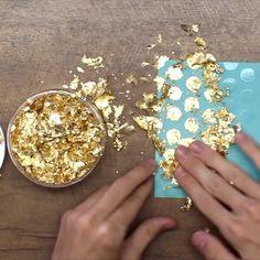 Craft Foil, Distress Ink Techniques, Foil Art, Card Making Techniques, Card Tutorials, Foil Stamping, Watercolor Cards, Scrapbooking, Diy Cards