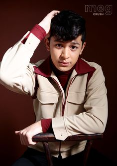 A star on the rise, Aljon Mendoza, is showing that he is another heartthrob that Filipino fans will be falling in love with. Ylona Garcia, Ideal Girl, Speaker Plans, Shy Guy, Celebrity Portraits, Social Anxiety, Drama Series, Mendoza, Pinoy