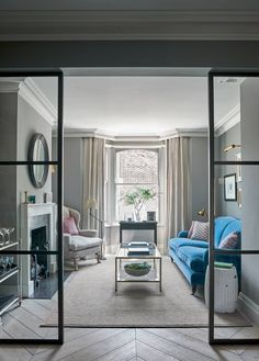 Looking for small living room ideas? The best small living room designs from the House & Garden archive. Tiny Living Rooms, Home Living Room, Living Room Decor, Dining Room, London Living Room, Dining Sets, Small Rooms, Dining Area, Small Spaces