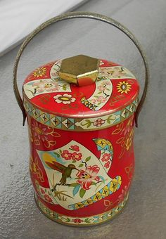 Murray Allen - Vintage Tin - Humming Bird - Made in England by Luv2Junk on Etsy