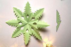 Dekoracje świąteczne z papieru. Gwiazdki i śnieżynki | Origami, Hollywood, Fruit, Halloween, Christmas, Paper, Xmas, Origami Paper, Navidad