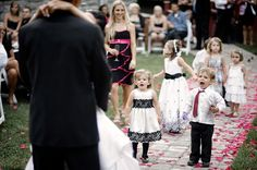 witnessing a kiss? wedding-kids