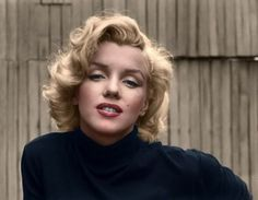 Marilyn Monroe 52 Colorized Historical Photos That Give Us A New Look At the Past Colorized Historical Photos, Colorized History, Claude Monet, Marilyn Monroe, Louis Armstrong, Henry Ford, Charlie Chaplin, Clint Eastwood, Sophia Loren