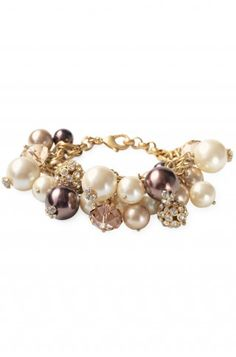 What mom wouldn't love this for Mother's Day!? Such a beautiful classic with modern touches. It's a great style for a steal! www.stelladot.com/astork