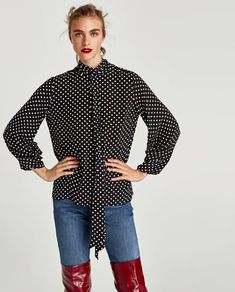 BLOUSE WITH BOW AND PLEATED SLEEVES