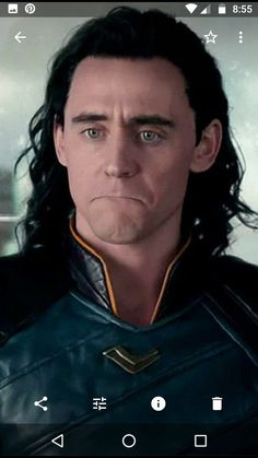 Looks like he's about to cry Avengers Superheroes, Loki Marvel, Loki Thor, Loki Laufeyson, Marvel Funny, Thomas William Hiddleston, Tom Hiddleston Loki, Superhero Movies, Marvel Movies