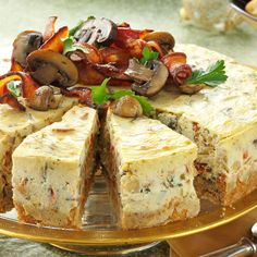 Mushroom and bacon cheesecake appetizer. Add leftover mushrooms, bacon, red peppers and parsley for a pretty garnish on top. This is a great recipe to make ahead and freeze for when you're in need of a dish to pass. Bacon Cheesecake, Cheesecake Recipes, Breakfast Cheesecake, Brunch, Appetisers, Appetizer Recipes, Food To Make, Buffet, Sandwiches