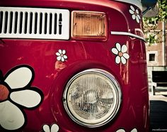 VW T2 HIPPIE with flowers