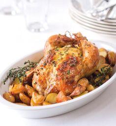 Květáková krémová polévka   Recepty Albert Food And Drink, Turkey, Meat, Chicken, Red Peppers, Turkey Country, Cubs