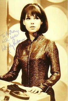 Wendy Padbury. Hot Damn! Second Doctor, Good Doctor, Wendy Padbury, Original Doctor Who, Doctor Who Cosplay, 60s Tv, Doctor Who Companions, Photography Movies, Classic Doctor Who