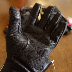 《extremities by Terra Nova》Lightweight Guide Glove | ATC Store -Trail Hikers & Runner's place to go!-Official Blog