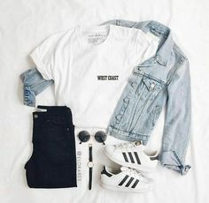 Womens clothes for hawaii casual outfits for teens in 2019 к Outfit Ideas For Teen Girls, Teenage Girl Outfits, Girls Fashion Clothes, Teen Fashion Outfits, Mode Outfits, Retro Outfits, Outfits For Teens, Mom Fashion, Ladies Clothes