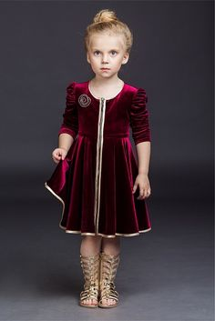 girls frocks design for wedding \ girls frocks design Baby Girl Frocks, Frocks For Girls, Dresses Kids Girl, Kids Outfits, Baby Girl Dress Design, Girls Frock Design, Baby Frocks Designs, Kids Frocks Design, Frock Design For Wedding