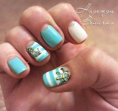 Anchor nails Beautiful nails 2020 Blue and white nails Half moon nails 2020 Marine nails Nail art stripes Nautical nails Shellac nails 2020 Nail Art Design Gallery, Best Nail Art Designs, Nail Designs Spring, Beautiful Nail Designs, Blue And White Nails, Blue Nails, Minimalist Nails, Trendy Nail Art, Cool Nail Art