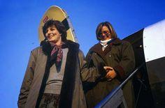 Margareta şi Sofia prima oară in România, Otopeni, 18 ianuarie 1990.