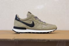 "Nike Internationalist ""Bamboo"""