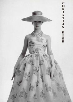 Dress by Christian Dior, L'offciel, 1956.