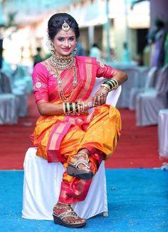 Indian Wedding Pictures, Indian Wedding Couple, Wedding Couple Poses Photography, Indian Wedding Photography, Marathi Bride, Marathi Nath, Marathi Saree, Kerala Saree Blouse Designs, Kashta Saree