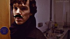 """""""CLICK TO WATCH THIS AMAZINGLY TERRIFYING SUMMARY OF THE SHERLOCK FANDOM WARNING: DISTURBING GIFS AHEAD."""" Yup. Lost it at """"chinfinite""""... I'm DYING right now."""
