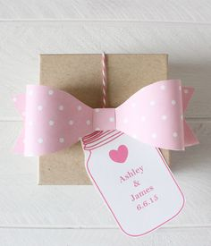 Free Printable Polka Dot Bow from @chicfettiwed