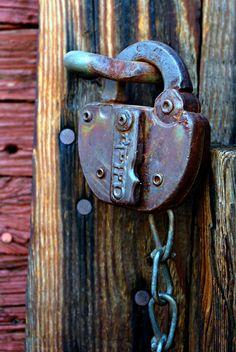 Old Antique Locks Under Lock And Key, Key Lock, Door Locks And Latches, Polaroid, Old Door Knobs, Window Locks, Cool Lock, Old Keys, Arched Windows