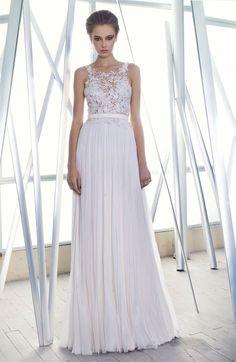 Beautiful flowing gown for an outdoor wedding, onboard a ship, seaside, or backyard garden