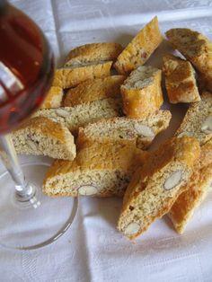 Biscotti di Prato anche chiamati cantucci o cantuccini