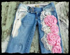 French Shabby embellished jeans Cottage chic por TrueRebelClothing