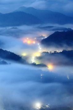 foggy valley Beautiful