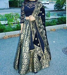 Dress Indian Style, Indian Dresses, Indian Outfits, Indian Clothes, Banarasi Lehenga, Anarkali, Indian Party Wear, Indian Wear, Mehendi Outfits