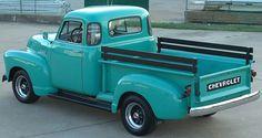 1953 Chevrolet 3100 Pickup Hoog op mijn wish list!! Hubbie maar eens lief…