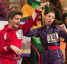 The Thunderman's and The Second Replacements Phoebe Thunderman, Max Thunderman, The Thundermans, Kira Kosarin, Nickelodeon Shows, Ronald Mcdonald, Two By Two, Actors, Face