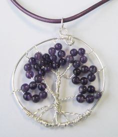 """Árbol de la vida de amatistas, la """"Piedra del Sentimiento""""   Tree of life of amathyst, 39$ (30€)  Amethyst is purple quartz, and is a meditative and calming stone. It works in the emotional, spiritual, and physical planes to provide calm, balance, patience, and peace."""