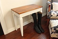At least once a month I run across pathetic little benches or stools at the auctions or in thrift stores.this cute little piano bench here . Piano Stool, Piano Bench, Easy Piano, Simple Piano, Upcycled Furniture, Painted Furniture, Piano Crafts, Dining Room Chair Cushions, Pedicure Chairs For Sale