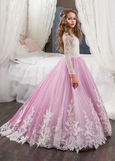 Buy discount Lavish Tulle & Satin Bateau Neckline Mermaid Wedding Dresses With Lace Appliques at Dressilyme.com