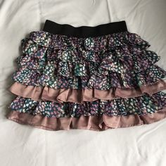Heart patten mini skirt Worn once. Excellent condition. Size XS Skirts Mini