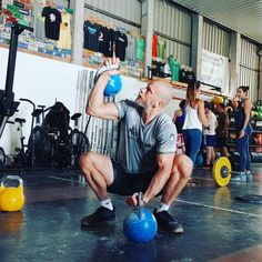 Great exercise to work on strength and mobility. Not an easy exercise and very advanced. Gym Workout Tips, Easy Workouts, Ankle Mobility, Deep Squat, Kettlebell Training, Side Lunges, Kettlebells, Glutes, Body Weight