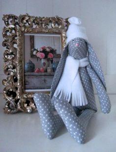 Tilda Rabbit, Tilda bunny, Królik Tilda 'created by BB' zodrobinytkaniny.blogspot.com