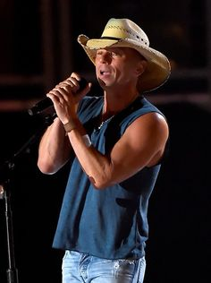 Kenny Chesney Photos - 50th Academy Of Country Music Awards - Show - Zimbio