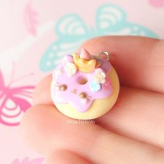 Hi everyone! Here is a pastel unicorn kitty donut charm I made! You may remember seeing this in my IG story because it was that first charm I made with one hand due to my collarbone I also had a go at testing out my new PearlEx powders that I got from Michaels over in Canada and dusted a few of the features like the gold tiara and the roses! Hope you like it! ✌ #polymerclay #polymer #clay #cute #kawaii #kitty #cat #donut #pastel #craft #handmade #sculpey #fimo #premo #po...