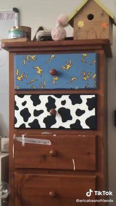 Indie Room Decor, Cute Bedroom Decor, Room Design Bedroom, Aesthetic Room Decor, Room Ideas Bedroom, Hipster Room Decor, Pinterest Room Decor, Retro Room, Diy Canvas Art