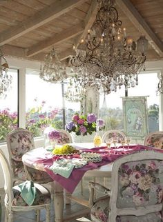Shabby chic gazebo / Perhaps the rose prints are too much, but otherwise its lovely