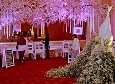 Romance Fairytale #mawarprada #dekorasi #pernikahan #romantic #wedding #decoration #jakarta more info: T.0817 015 0406 E. info@mawarprada.com www.mawarprada.com