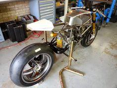 RocketGarage Cafe Racer: Ducati 1123cr